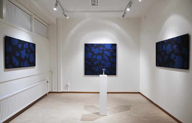 """12 målningar """"Där rosor aldrig dör"""". Tillsammans med Pia Schmaltz Konstgillet i Boden"""